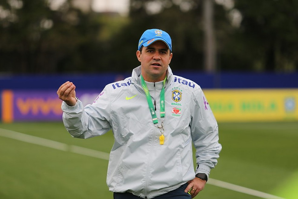 André Jardine, técnico da seleção brasileiro sub-23 — Foto: Fernando Torres / CBF