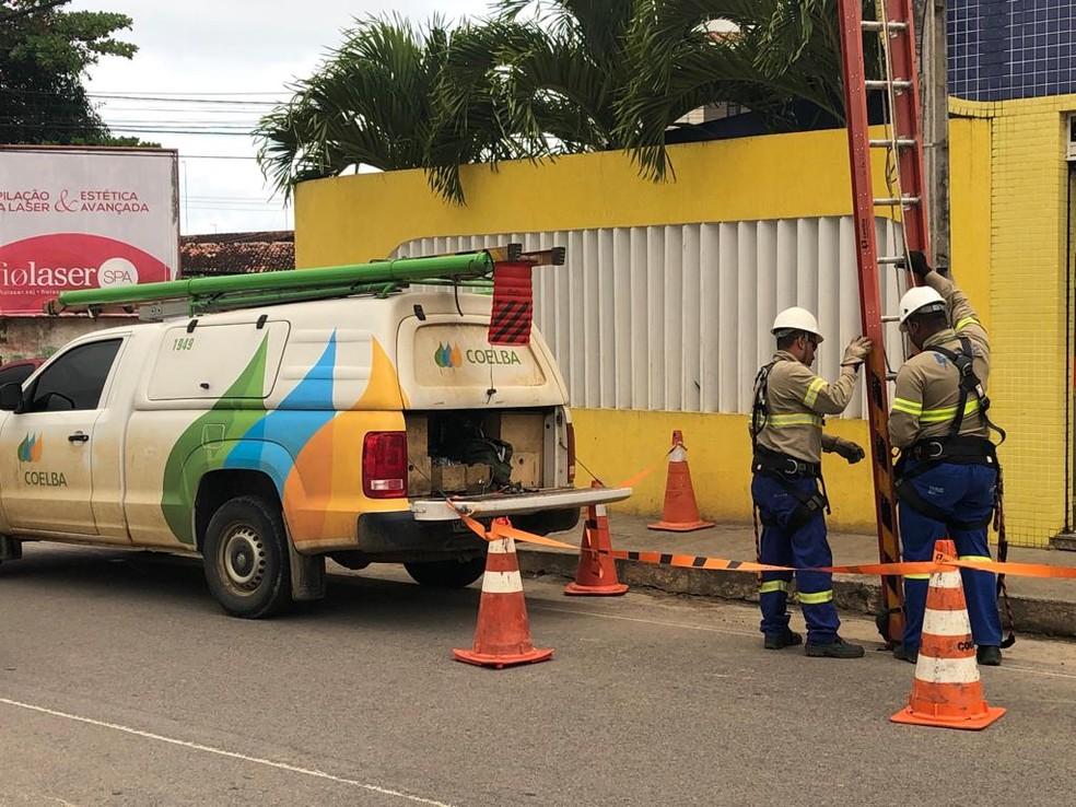 MP-BA acionou a Coelba por cobranças e interrupções de energia indevidas em Salvador durante pandemia — Foto: Voz da Bahia/Marcus Augusto Macedo