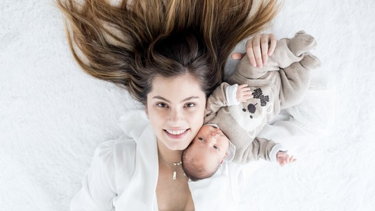 Bruna Hamú revela como perdeu 12 quilos após gravidez: 'Amamentação e bastante água'