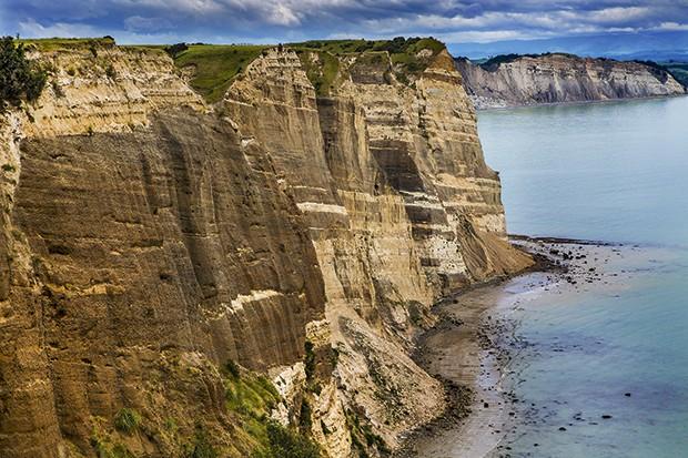 Falésias da Baía de Hawke (Foto: Rogério Voltan)