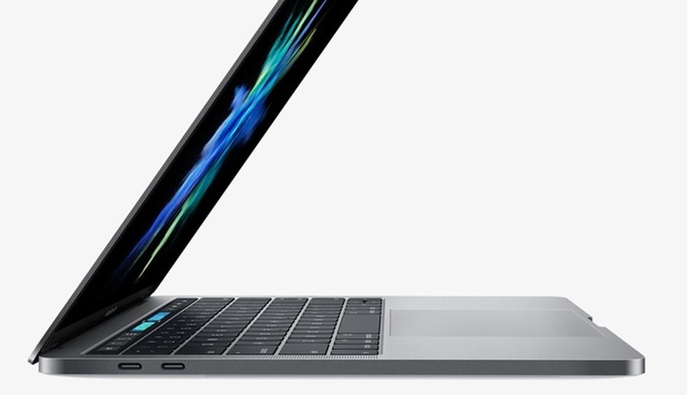 MacBook Pro não tem leitor de cartões e USB tradicional (Foto: Divulgação/Apple)