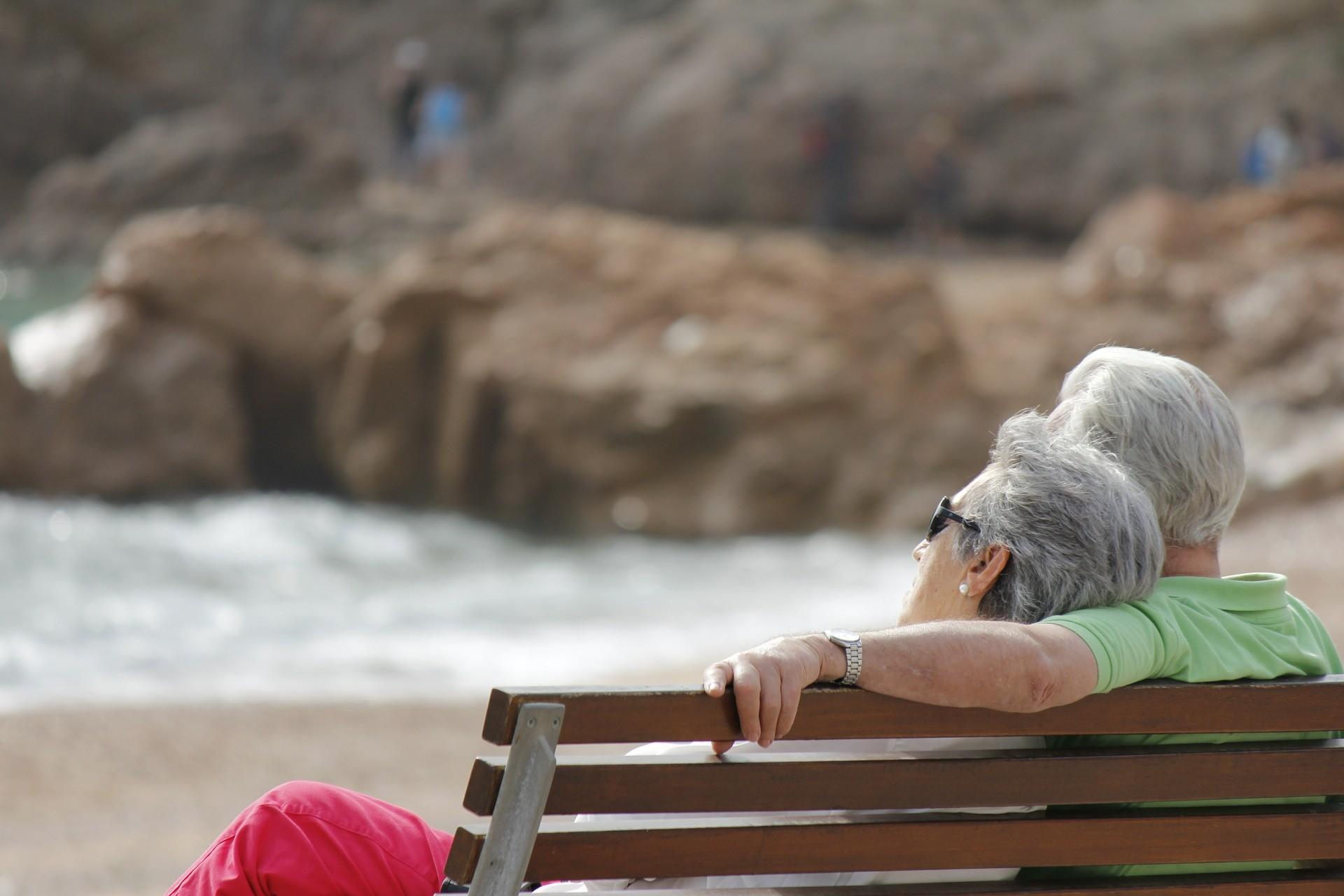 Preconceito contra os idosos limita a inovação e a expansão econômica