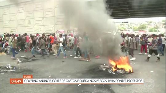 Governo do Haiti anuncia corte de gastos e queda nos preços para conter protestos