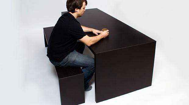 Quando há o contato, uma marca temporária é exposta nos móveis (Foto: Divulgação)