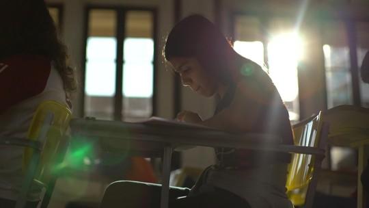 Olhar Em Pauta: Mulheres são incentivadas a participar das ciências exatas