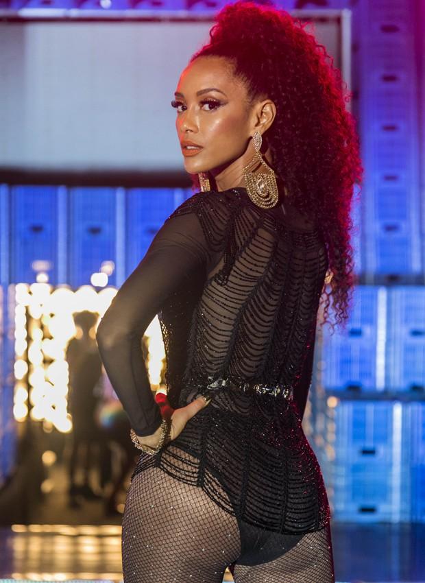 Tais Araújo interpreta a cantora Michele Brau no seriado 'Mister Brau' (Foto: Divulgação/TV Globo)