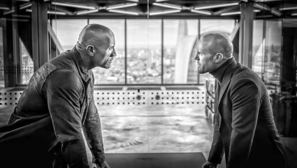 Dwayne 'The Rock' Johnson e Jason Statham em cena de 'Hobbs and Shaw' (Foto: Instagram)