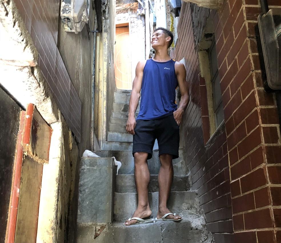Danrley, do BBB19, distraiu a mente após a divulgação dos participantes — Foto: Luana Ferreira/Gshow