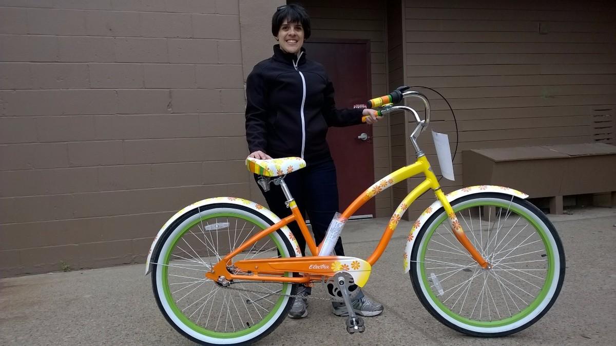 Bike de ciclista do DF tem nome próprio e perfil em rede social; conheça Magie