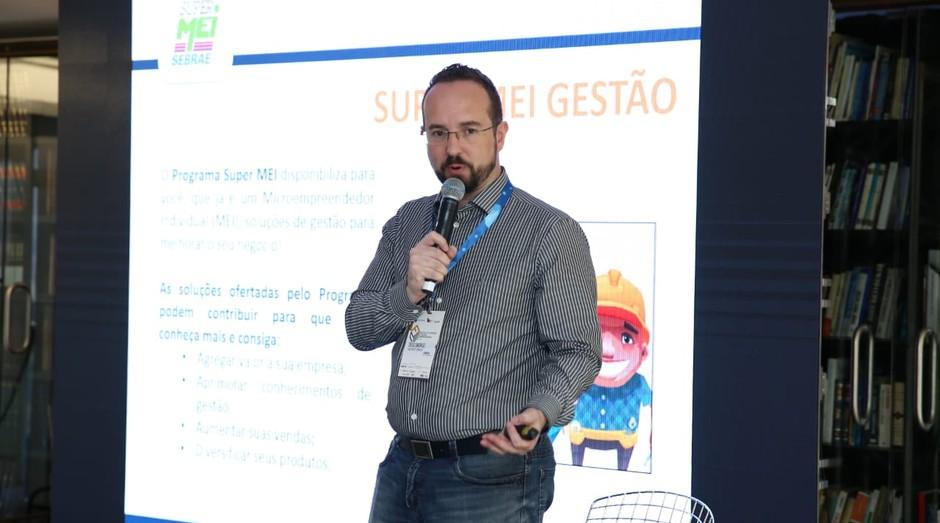 Diego Smorigo, consultor do Sebrae-SP, durante o FICE 2018 (Foto: Alexandre DiPaula)
