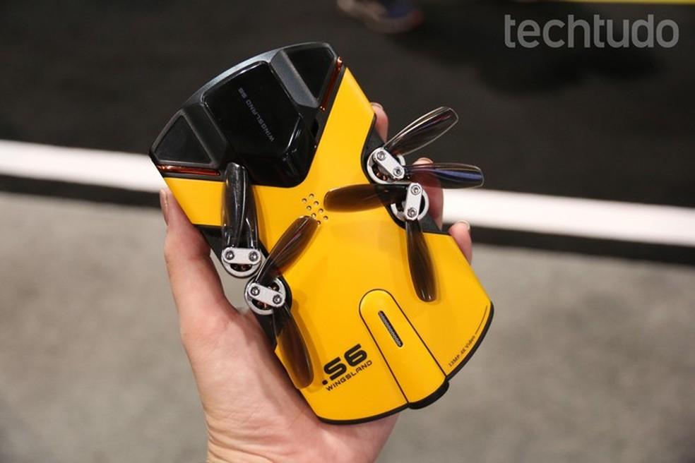 Wingsland S6, drone que cabe no bolso  (Foto: Anna Kellen Bull/TechTudo)