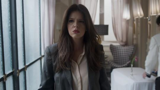 Maria Pia flagra Athaíde com outra no Carioca Palace