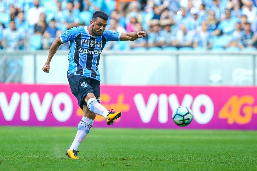 Edílson foi titular do Grêmio na Libertadores e no Mundial de Clubes (Foto: Lucas Uebel/Divulgação Grêmio)