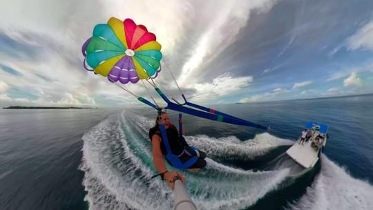 Explore as Ilhas Maldivas, pelo ar e pelo mar
