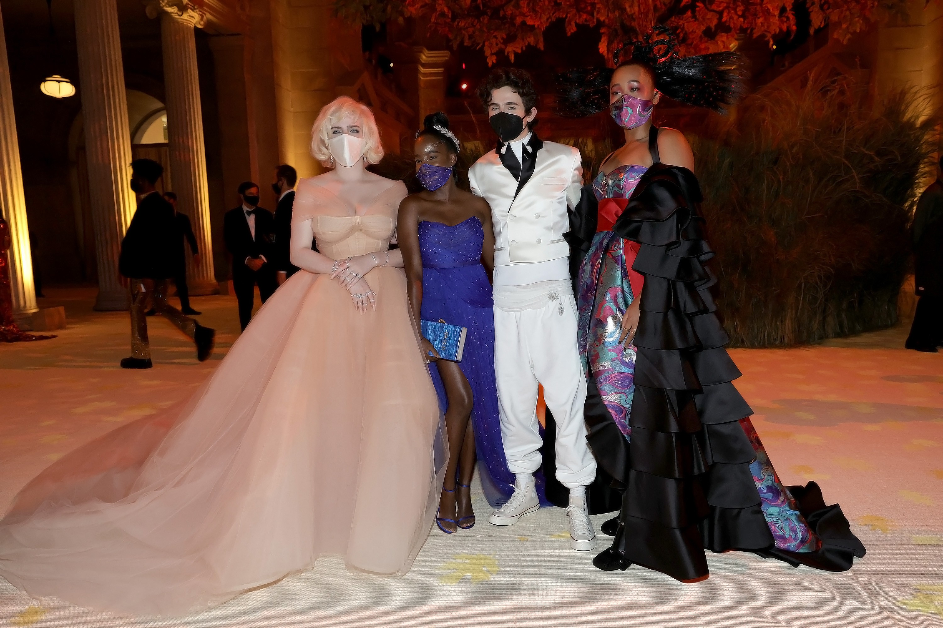NEW YORK, NEW YORK - SEPTEMBER 13: (EXCLUSIVE COVERAGE) (L-R) Billie Eilish, Amanda Gorman, Timothée Chalamet, and Naomi Osaka attend the The 2021 Met Gala Celebrating In America: A Lexicon Of Fashion at Metropolitan Museum of Art on September 13, 2021 in (Foto: Getty Images for The Met Museum/)