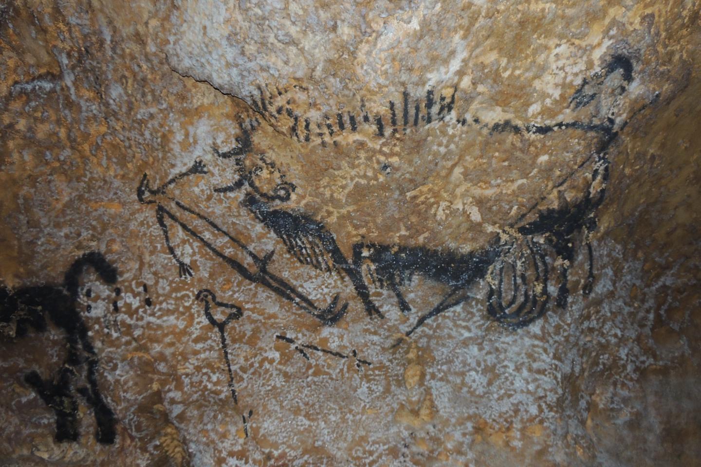 Cena Lascaux Shaft, na França, conhecida como a arte mais antiga do planeta (Foto: Alistair Coombs)