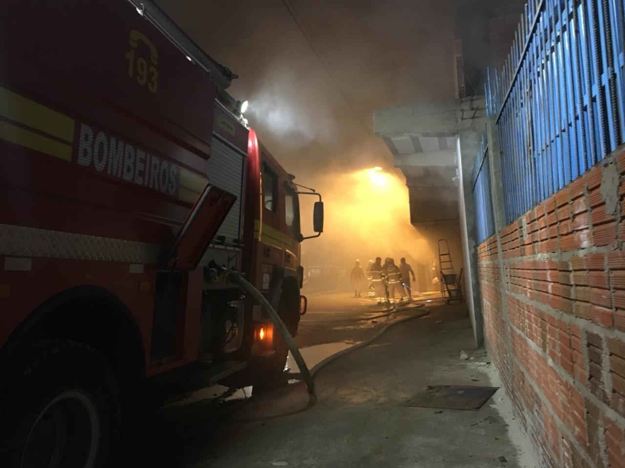 Laudo de incêndio que destruiu depósito de mercantil no interior do AC deve sair em 15 dias