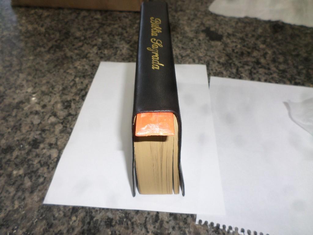 Funcionários de penitenciária encontram droga sintética escondida dentro de exemplares da Bíblia enviados por parentes a presos em Pacaembu