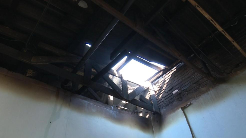 Ex-marido é preso por atear fogo em apartamento e ameaçar matar mulher em Sorriso (Foto: Lucas Torres/Portal Sorriso)