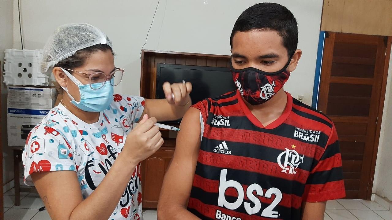 Óbidos avança com vacinação de idosos, profissionais de saúde e 2ª dose para adolescentes