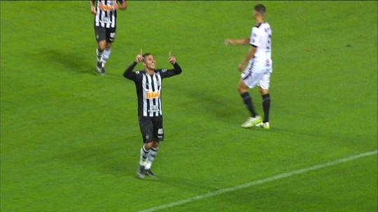 Atlético-MG vence Tupi por 2 x 0 e lidera Campeonato Mineiro
