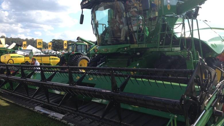 john-deere-máquina-agrícola-agrishow-2015 (Foto: Editora Globo/ Valter Silva)