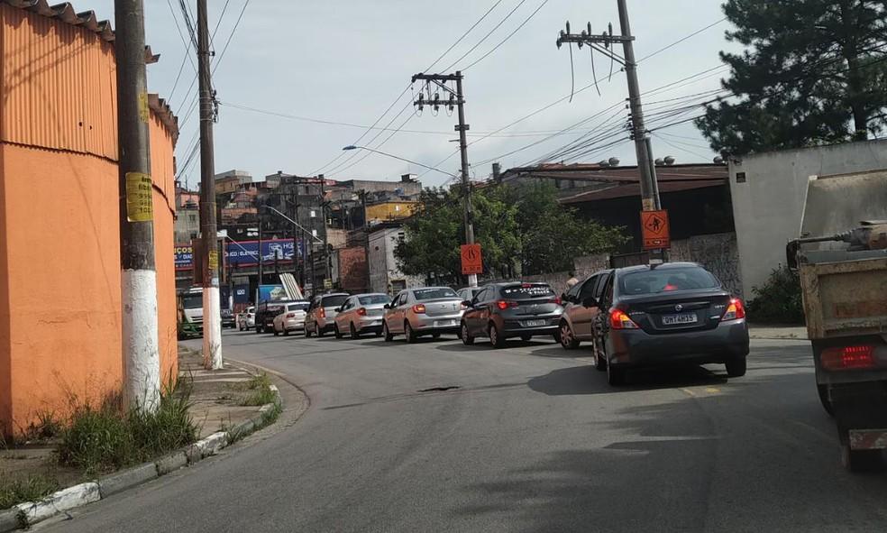 Motoristas de aplicativo fazem carreata em protesto por morte de colega — Foto: Thiago Guerreiro/TV Globo