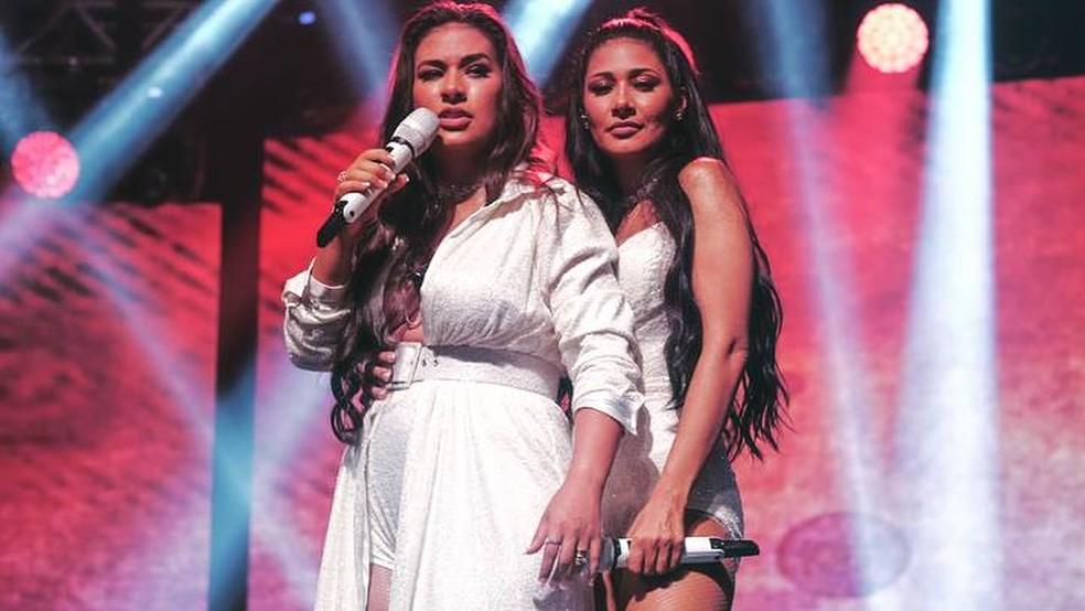 -  Simone e Simaria voltam aos palcos quatro meses após licença médica de cantora  Foto: Reprodução/Instagram