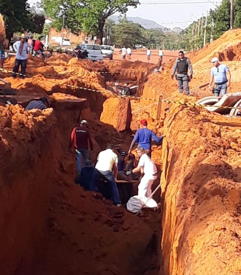 Funcionários foram soterrados. — Foto: Reprodução