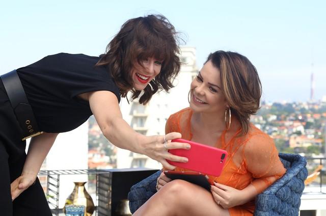 Mariana Ximenes e Fernanda Souza no 'Vai, Fernandinha' (Foto: Divulgação)