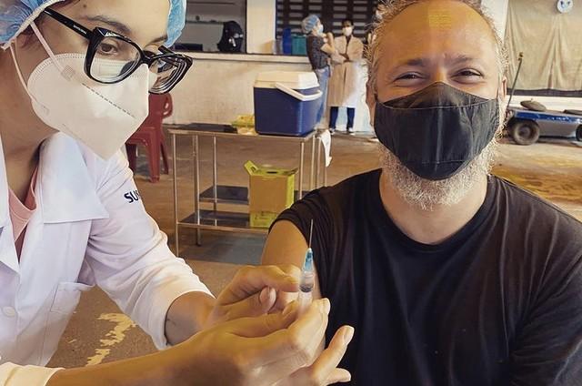 Danton Mello tomou a primeira dose da vacina contra a Covid-19 (Foto: Reprodução)