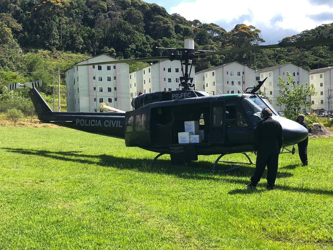Doses da vacina de Oxford contra a Covid-19 chegam a Teresópolis, no RJ
