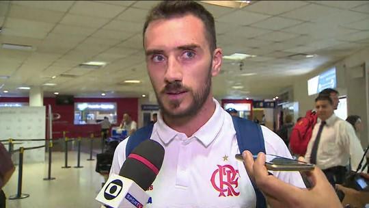 Flamengo chega à Argentina e Mancuello se prepara para enfrentar ex-time