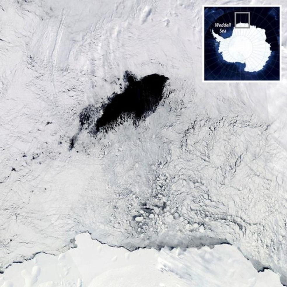 Ventos fazem com que as águas nas profundezas do Mar de Weddell, que são mais quentes e salgadas, subam para o nível de águas superficiais, mais frias e menos salgadas — Foto: Divulgação/Nasa
