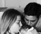 Debby com a filha Maria Eduarda e o marido, Leandro Franco | Reprodução