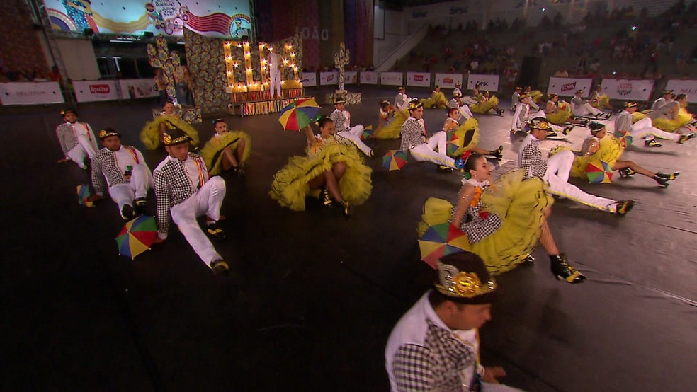 A cultura nordestina esteve presente na apresentação de várias grupos que se apresentaram no Festival de Quadrilhas Juninas da Globo 2018, em Goiana, na quarta-feira (13) (Foto: Reprodução/TV Globo)