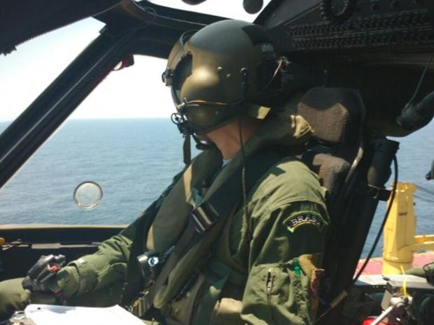 Avião da FAB faz buscas em uma área de 150 km². (Foto: FAB/Divulgação)