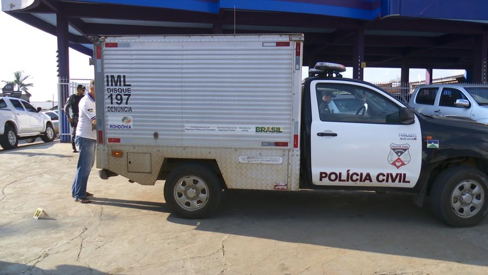 Vítima tentou correr de suspeito, mas ele caiu ao ser atingido pelos disparos (Foto: Rede Amazônica/Reprodução)