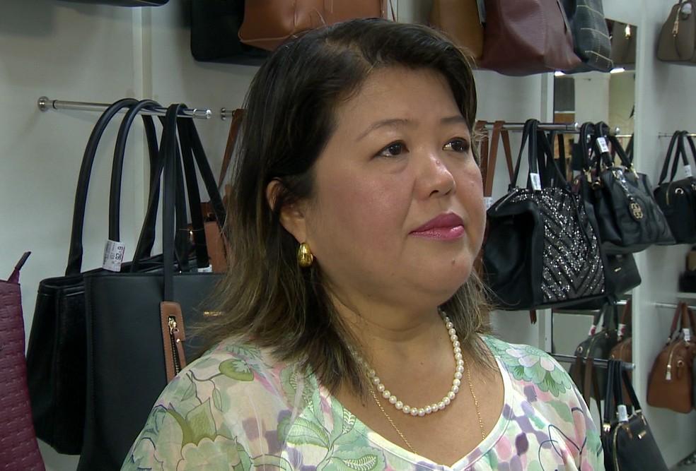 Edilene Takenaka, economista — Foto: TV Fronteira/Reprodução