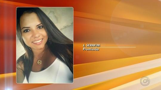 Jovem sem cinto morre após ser arremessada de carro em acidente na BR-153