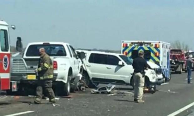 Acidente de trânsito que causou a morte de Brokie, Jace e sua avó (Foto: Reprodução/Put It Down)