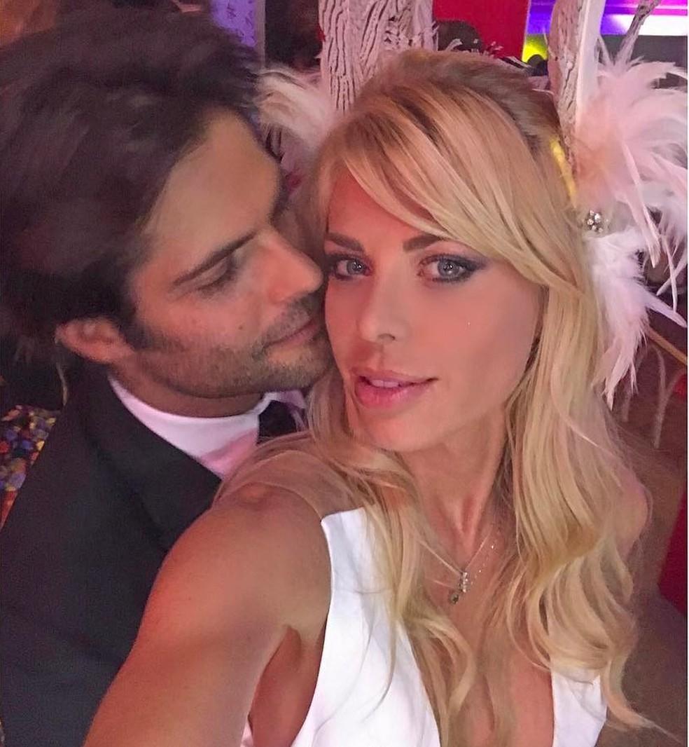Caroline Bittencourt e o marido, Jorge Sestini — Foto: Reprodução/ Instagram