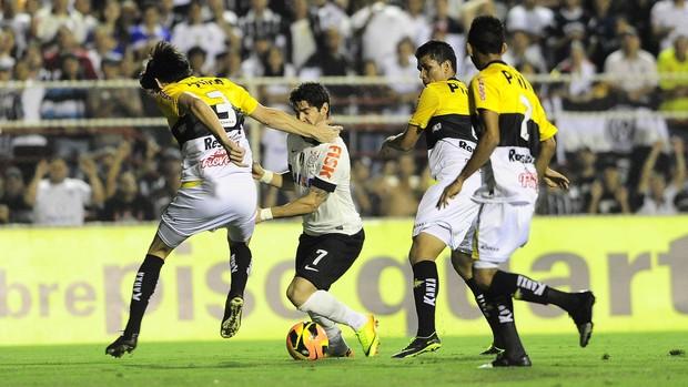 Corinthians x Criciúma  (Foto: Marcos Ribolli/GloboEsporte.com)