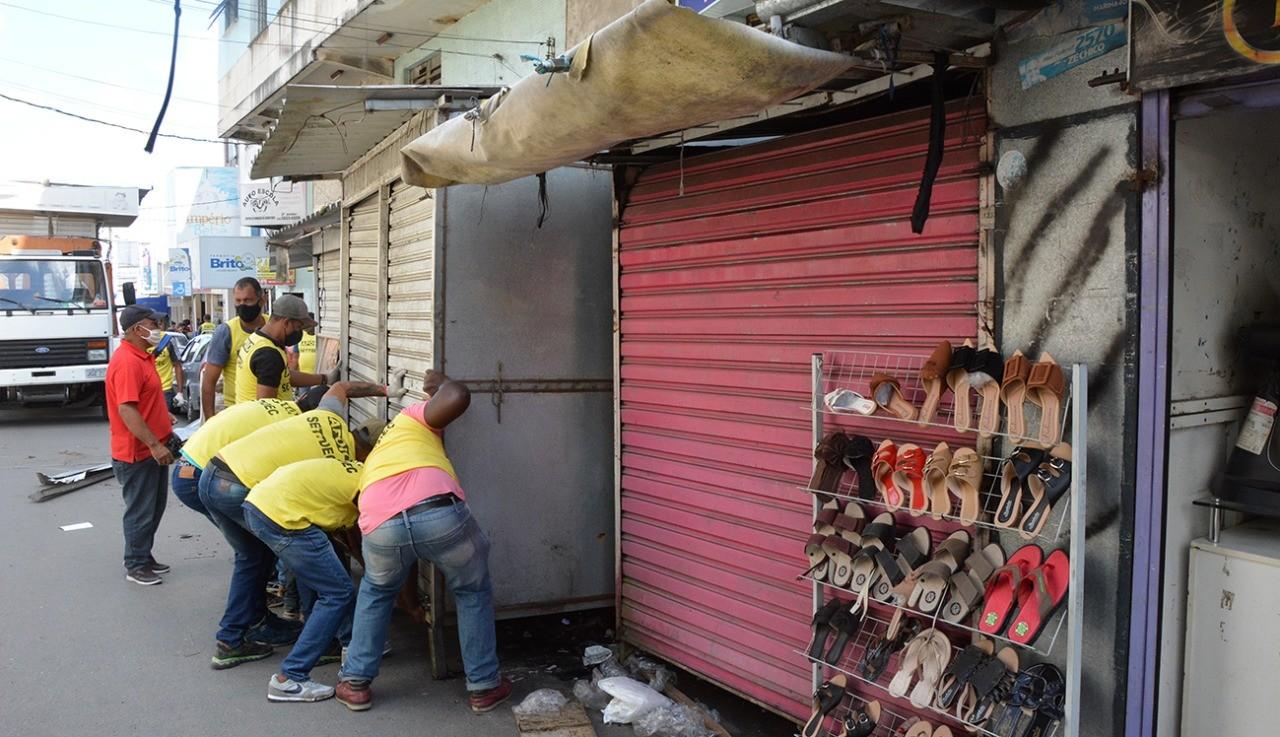 Prefeitura anuncia suspensão da retirada de barracas do centro de Feira de Santana após determinação da Justiça