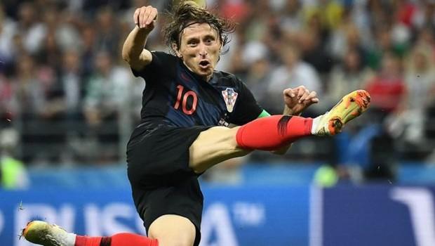 Modric, do Real Madrid, é uma das estrelas da seleção croata; país estará pela primeira vez numa final da Copa (Foto: AFP via BBC)