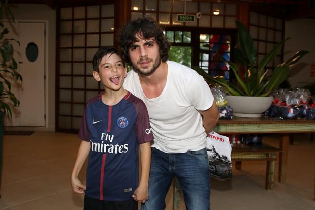Zion e Fiuk (Foto: Thiago Duran/AgNews)