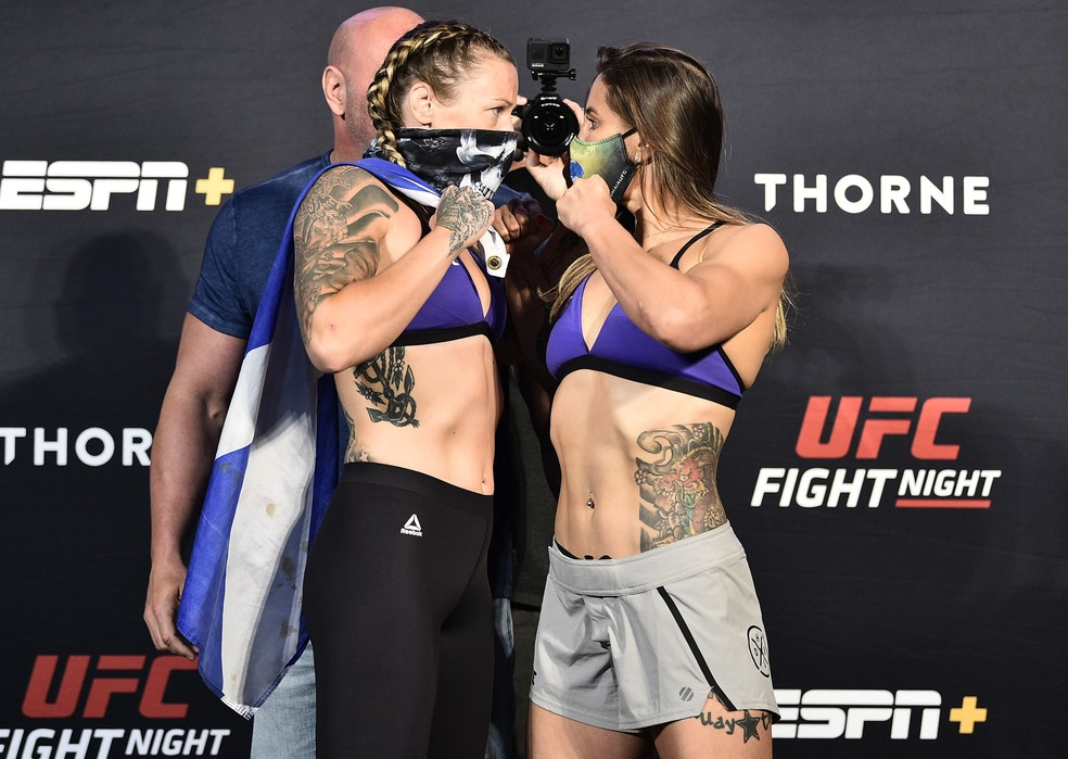 Joanne Calderwood Jennifer Maia encarada UFC — Foto: Getty Images