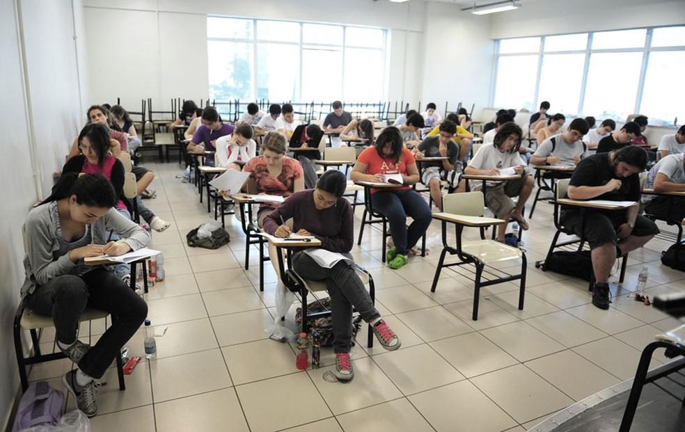 Candidatos fazem prova de vestibular em São Paulo (Foto: Arquivo/Raul Zito/G1)