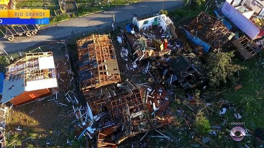Um ano após temporal, famílias contam com doações para reconstruir o que foi perdido em São Francisco de Paula