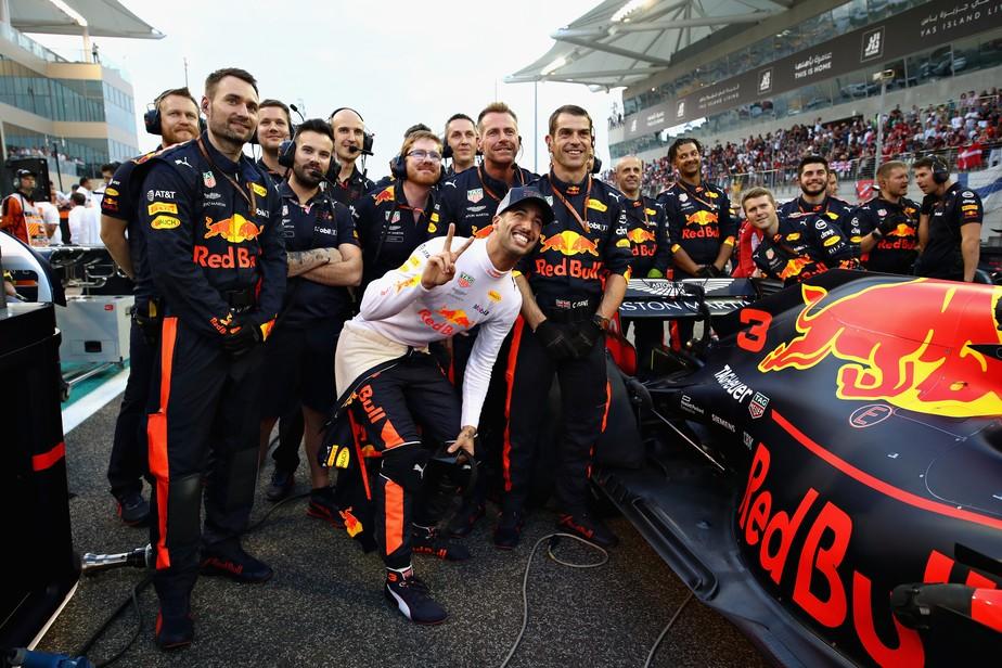 De saída para a Renault, Ricciardo se diz surpreso com desempenho da RBR no final da temporada